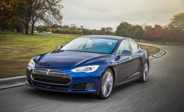 2015-Tesla-Model-S-P90D-PLACEMENT